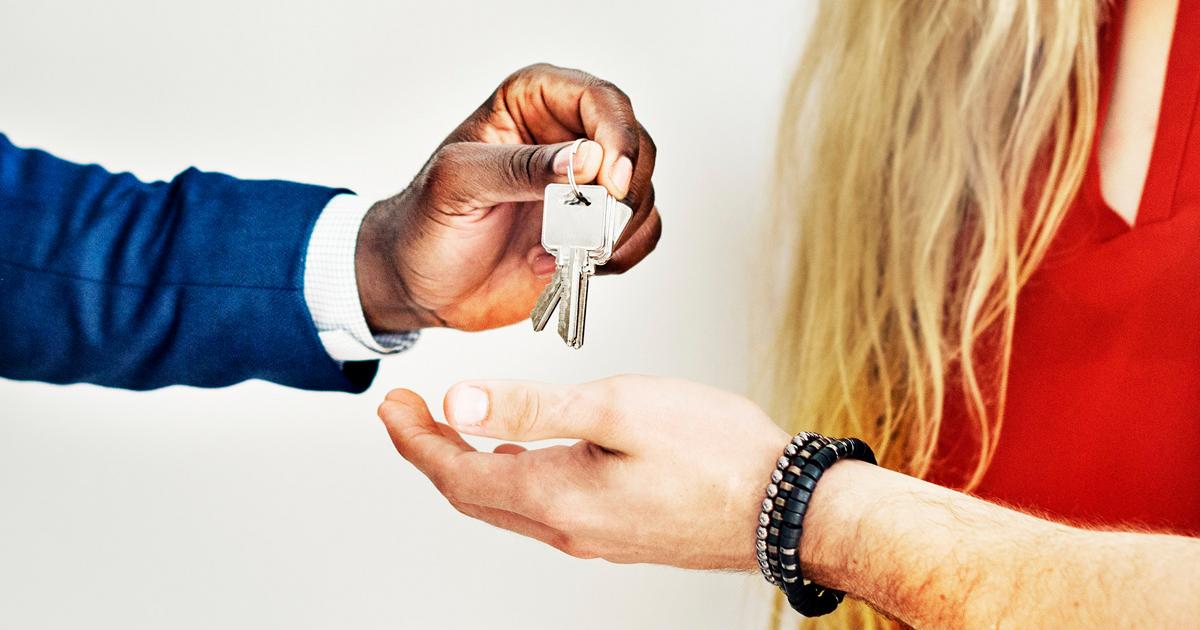 Should investors get real estate licenses?
